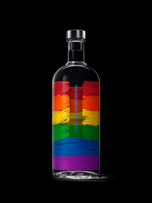 Absolut Rainbow edition 1L black back.jpg