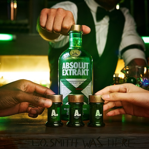Absolut Extrakt - LO Smith Was Here - Lifestyle Still.png