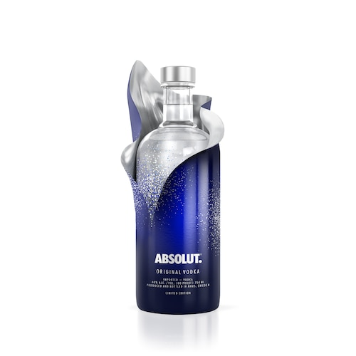 Absolut Uncover Sleeve Version Unwrapping White 750ml.jpg