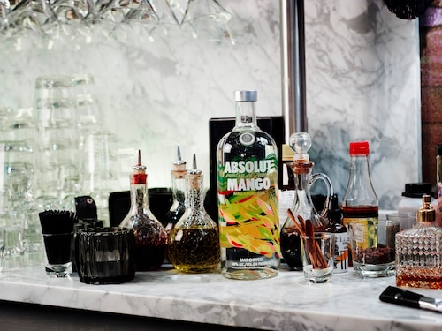 ABSOLUT Flavours redesign - ENVIRONMENT - MANGO.jpg