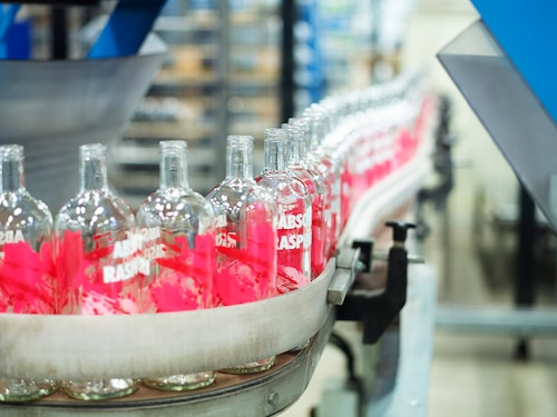 ABSOLUT Flavours redesign - PRODUCTION - RASPBERRI line.jpg