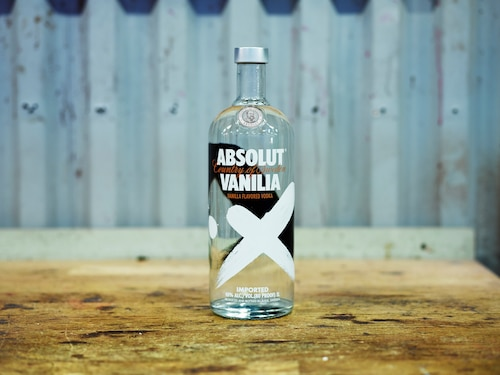 ABSOLUT Flavours redesign - PRODUCTION - VANILIA.jpg